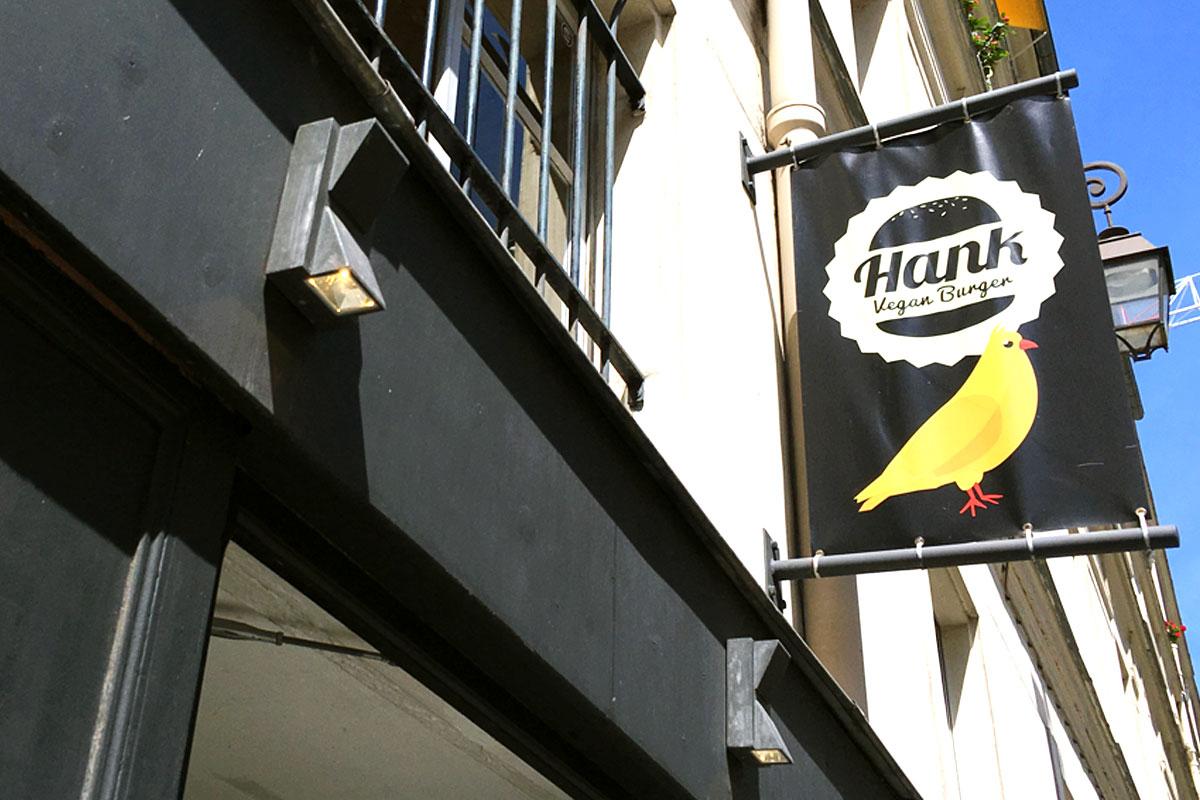hank_06